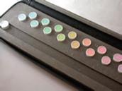 色覚の精密検査で行われるパネルD-15 テスト